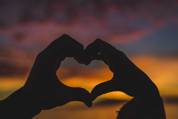 Indiretas de Amor para quem Ama e ainda não foi notada