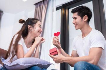 Elogios para Namorada para Demonstrar o seu Amor